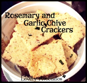 Rosemary and Garlic Chive Crackers | *Lovely Avocados*
