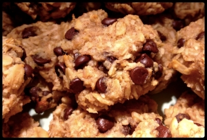 Banana Oat Chocolate Chip Cookies | *Lovely Avocados*